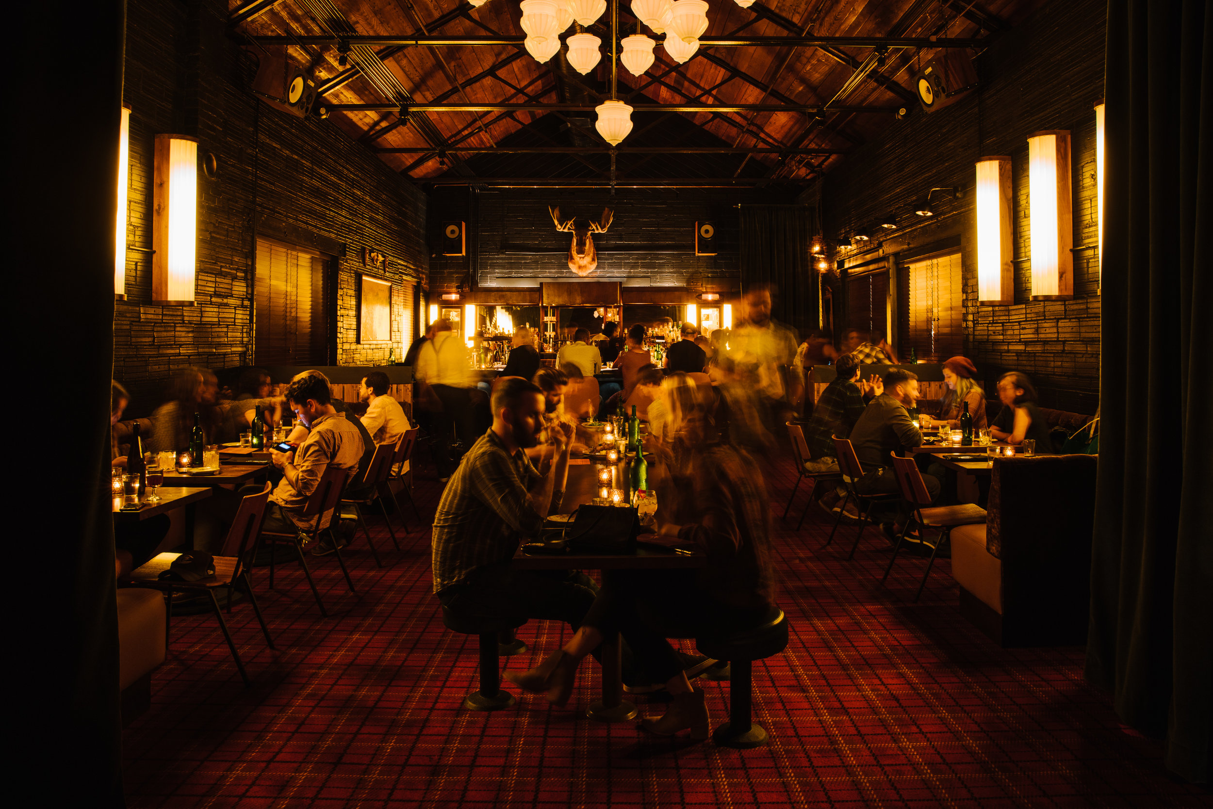 Golden Eagle Dining Room, designed by Elizabeth Ingram. Photo: Andrew Thomas Lee