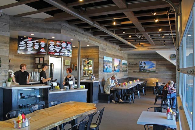 Noozhawk: Mesa Burger Combines Gourmet, Fast-Casual Concepts in New Santa Barbara Restaurant - Read the Article