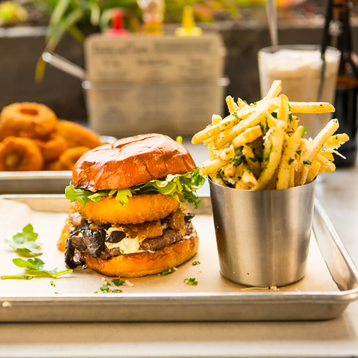 AAA - 6 Outstanding Burgers in Southern California - Read the Article