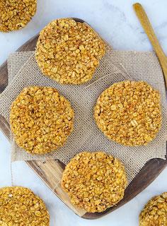 pumpin oat scookies.jpg