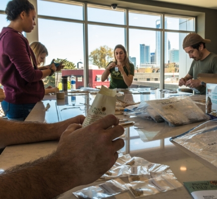 Pop Up Produce Packaging Party-10.jpg