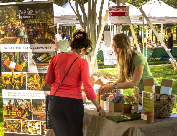 Pop Up Prodcue Ballantyne Earth Day-4.jpg