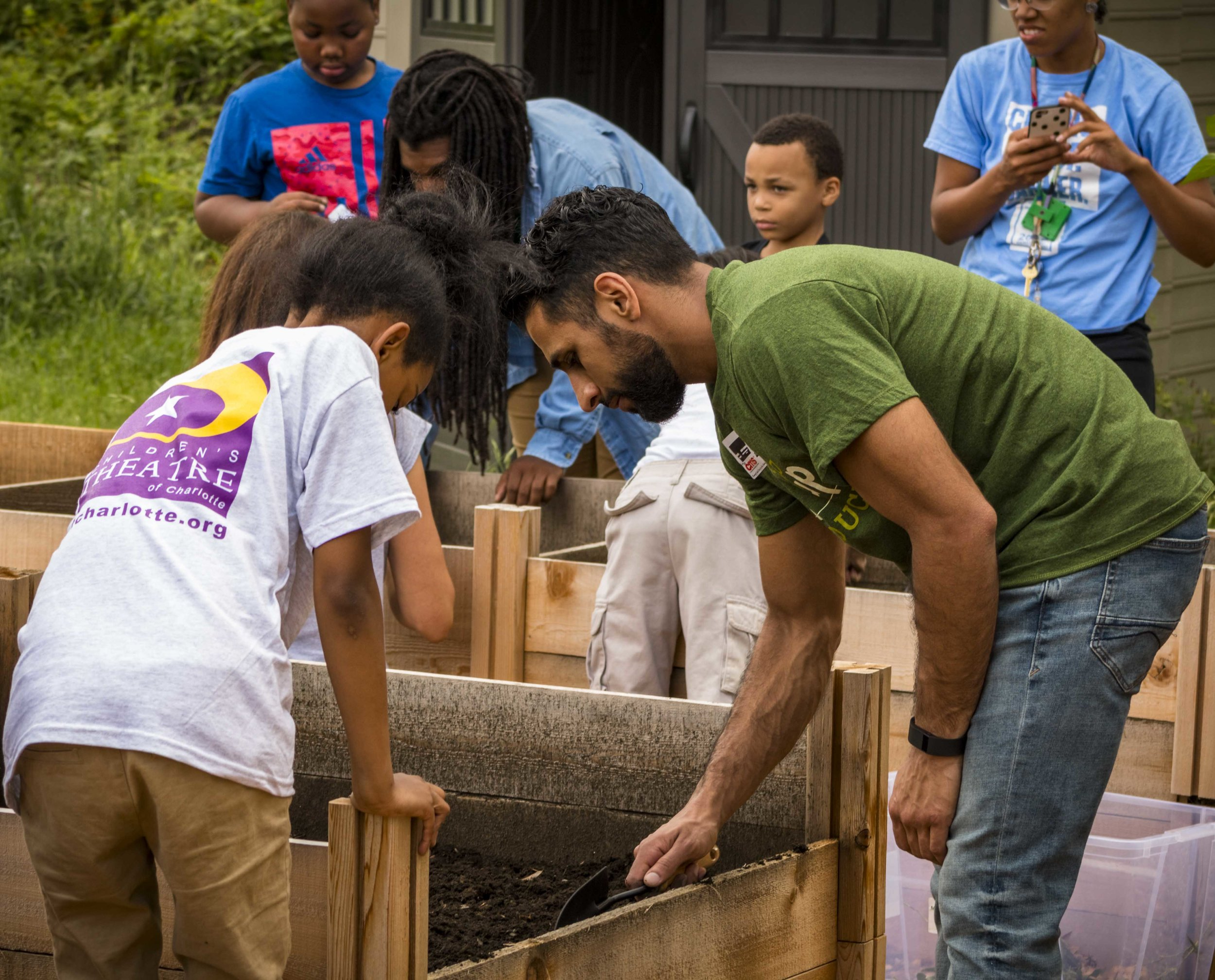 Pop Up Produce - Bruns Planting with PBS (12 of 31).jpg