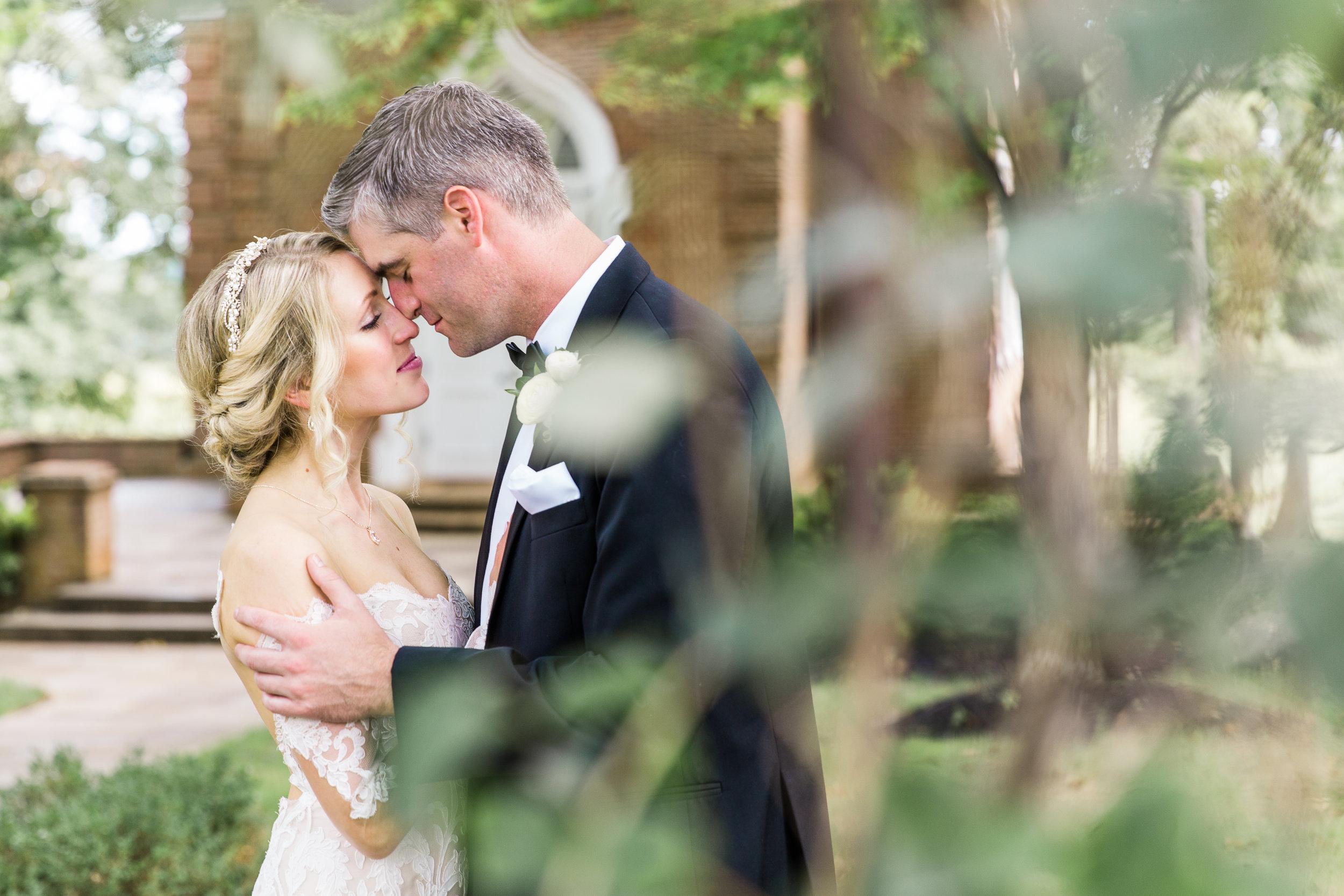3-chris-lindsay-trump-winery-charlottesville-virginia-wedding-photographer-22.jpg