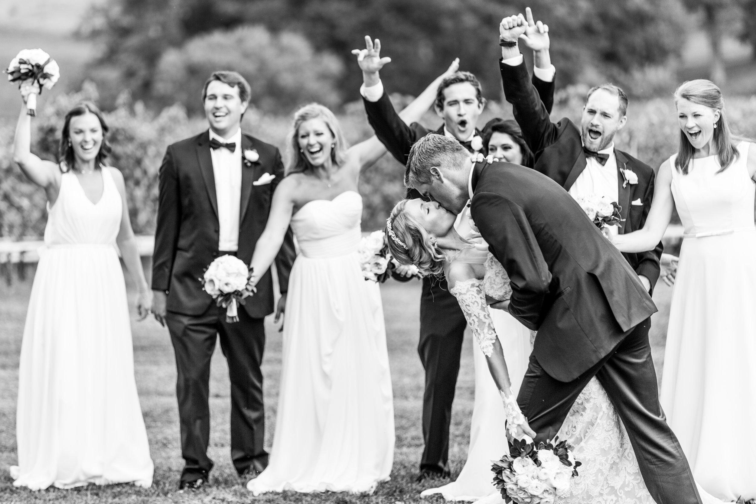 4-chris-lindsay-trump-winery-charlottesville-virginia-wedding-photographer-13.jpg