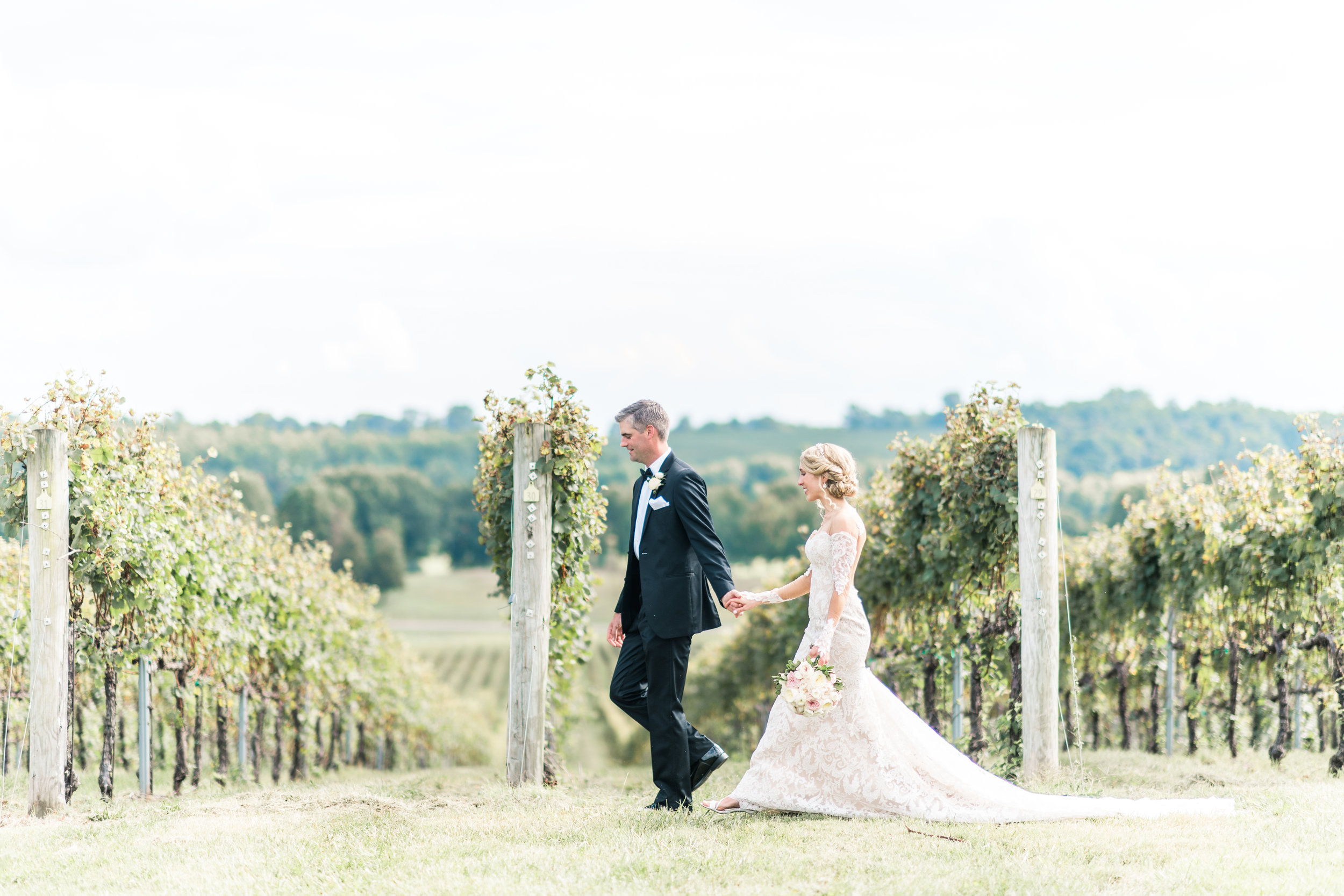 3-chris-lindsay-trump-winery-charlottesville-virginia-wedding-photographer-49.jpg