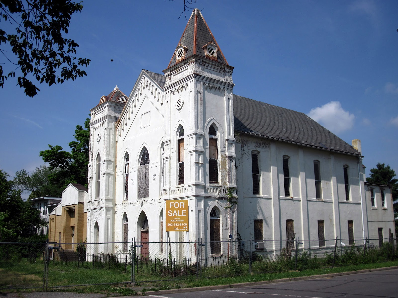 The vacant church   via