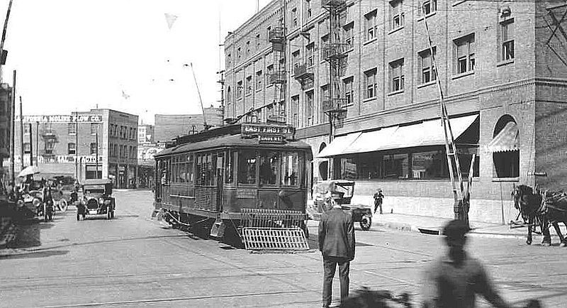 The intersection of Alameda and First, c. 1918  via