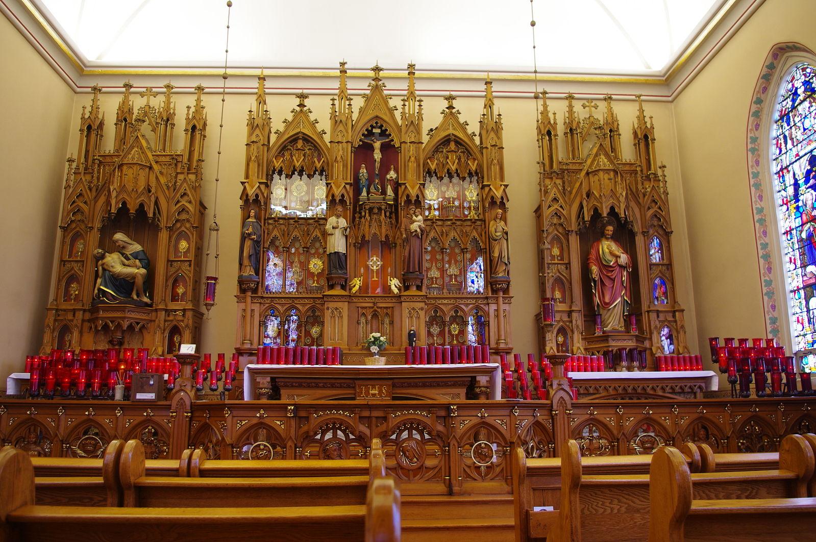 Main Altar at the Maria Stein Shrine  Photo by Nheyob/CCA-SA 3.0