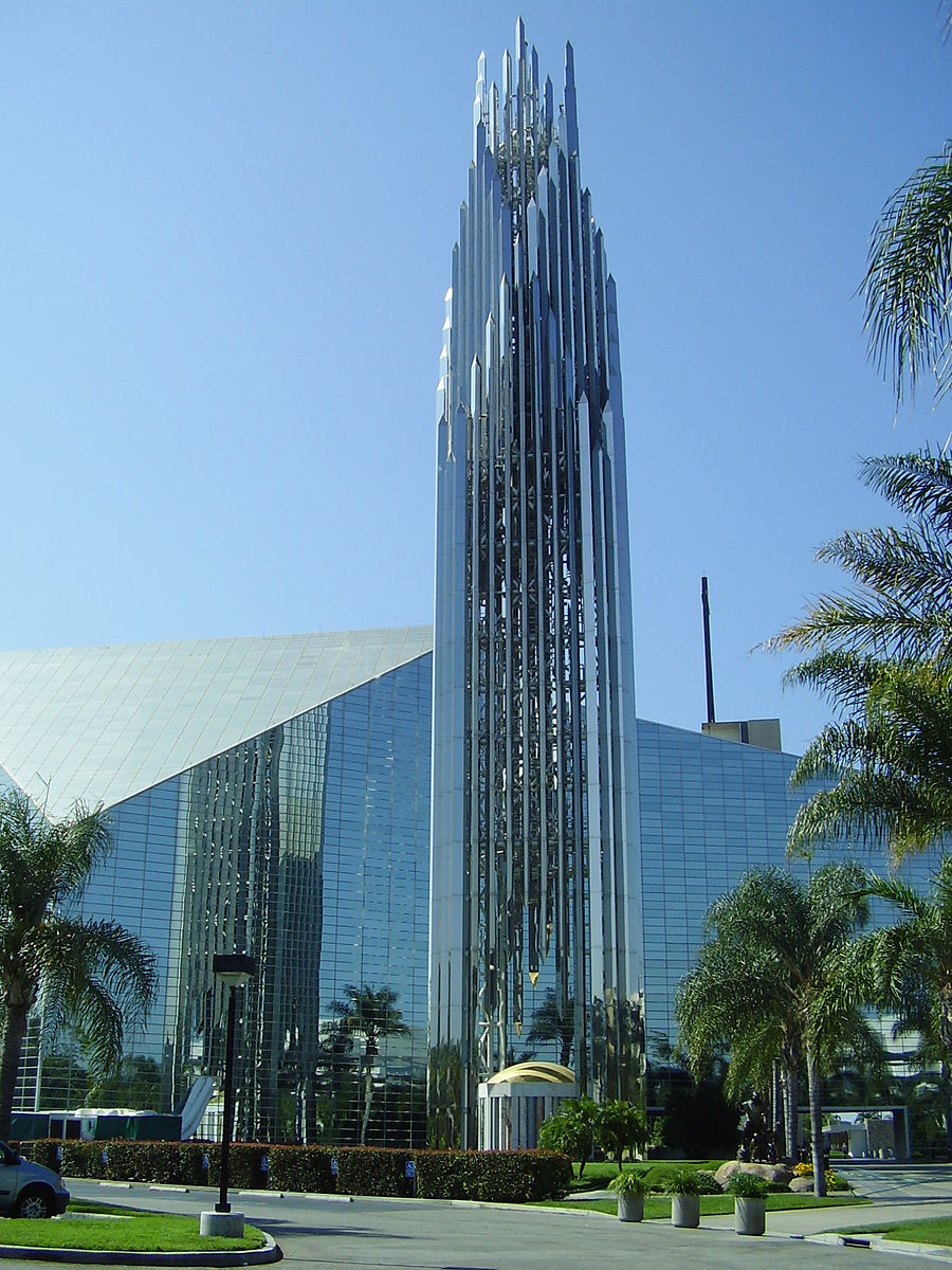 Exterior of Christ Cathedral  Photo by Anke Meskens/CCA-SA 3.0