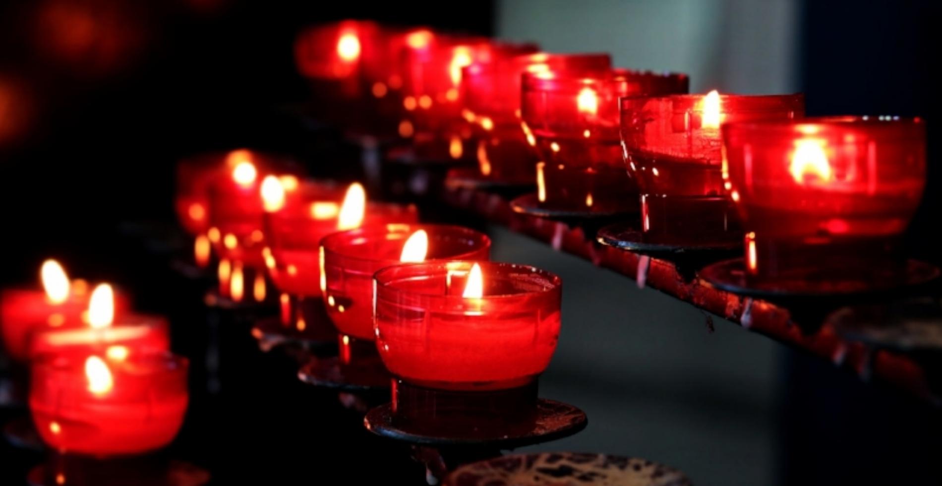 candles-2628473_1920.jpg