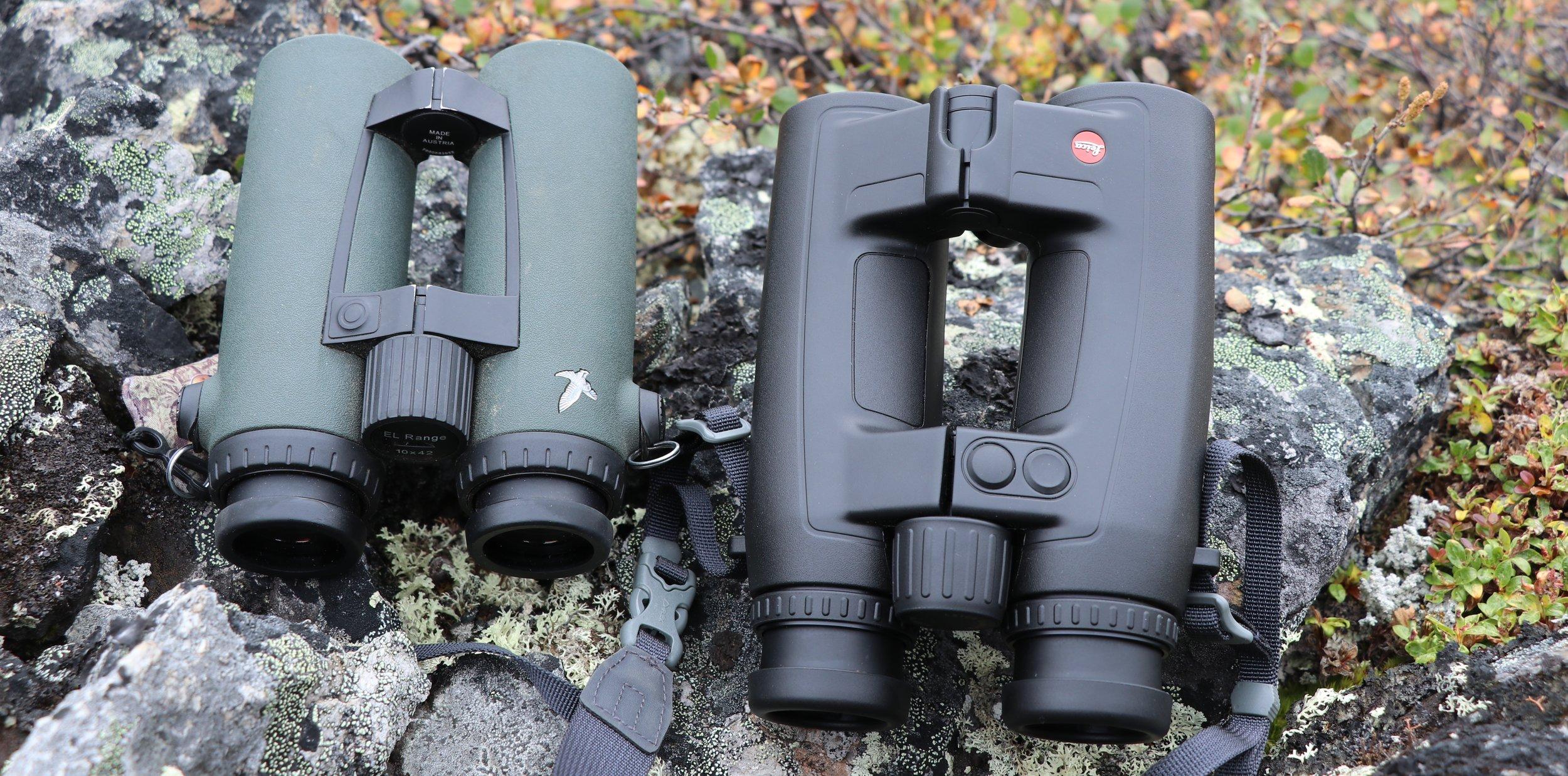 The Swarovski EL Range (left) is noticeably smaller than the Leica HD-B.