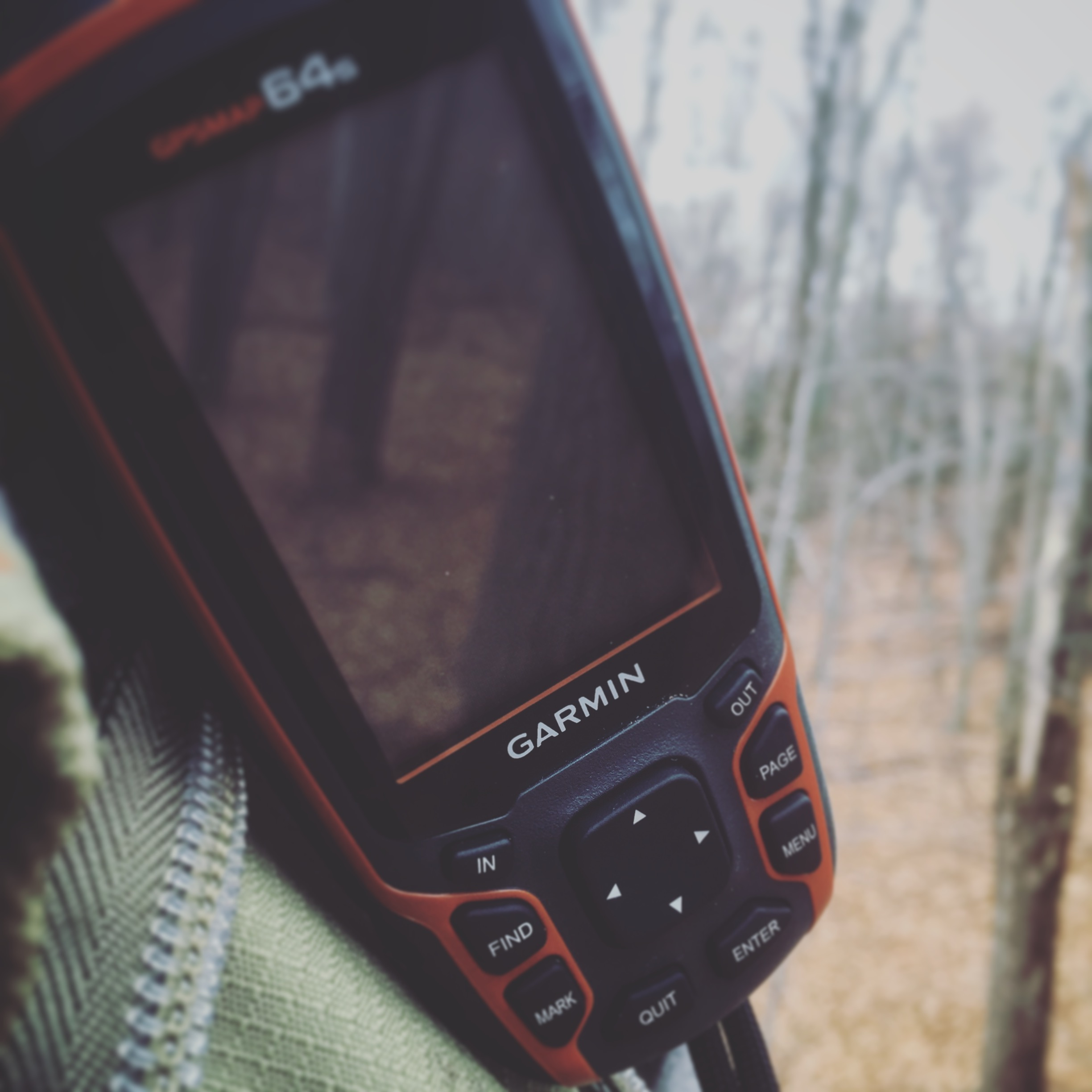 This Garmin Map 64s allows for download aerial imagery and topo lines. Placing waypoints at bedding and stand locations allows for further evaluation of access routes at a later time.)