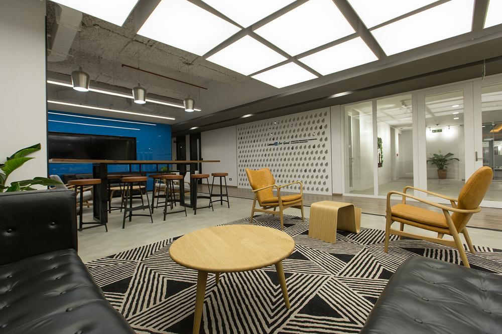 Linkedin-Customer-Lounge-Bhushanraj
