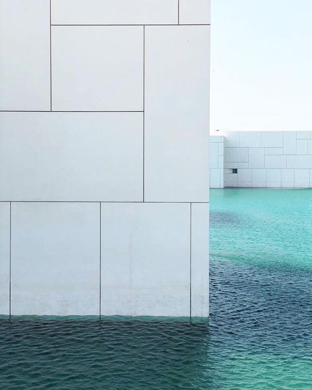Composition III in Blue, Grey & Turquoise. . . . #urban #uae #abudhabi #travel #iphoneography #iphonex #a #museum #louvre #mindtheminimal #minimalism