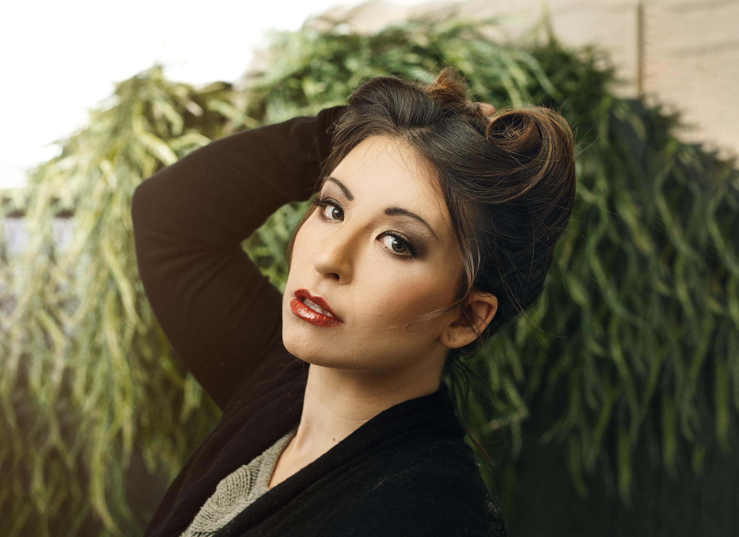Amanda Versemann (HMUA: Julya Parke)