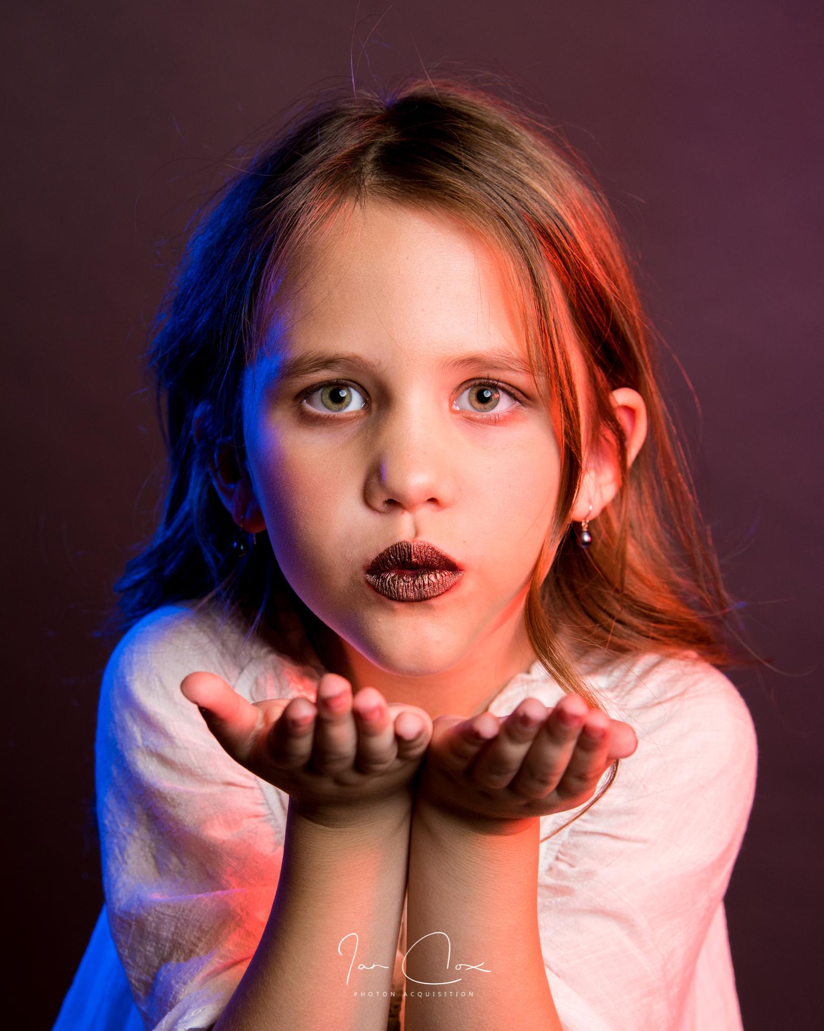 Sophie Lilyquist (HMUA: Rebekah Fuhriman)