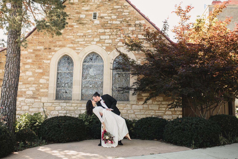 kiley_trent_lawrence_kansas_ku_campus_kelsey_diane_photography_kansas_city_wedding-7419.jpg
