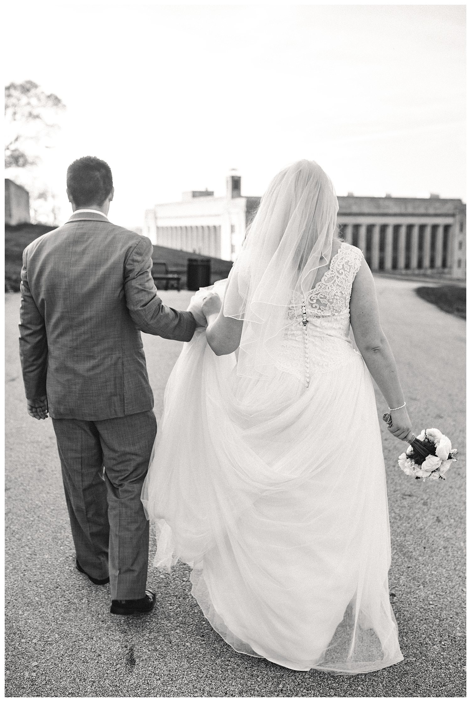 Kelsey_Diane_Photography_Loose_Mansion_Wedding_Photography_Kansas_City_Victor_Lyndsay_0366.jpg