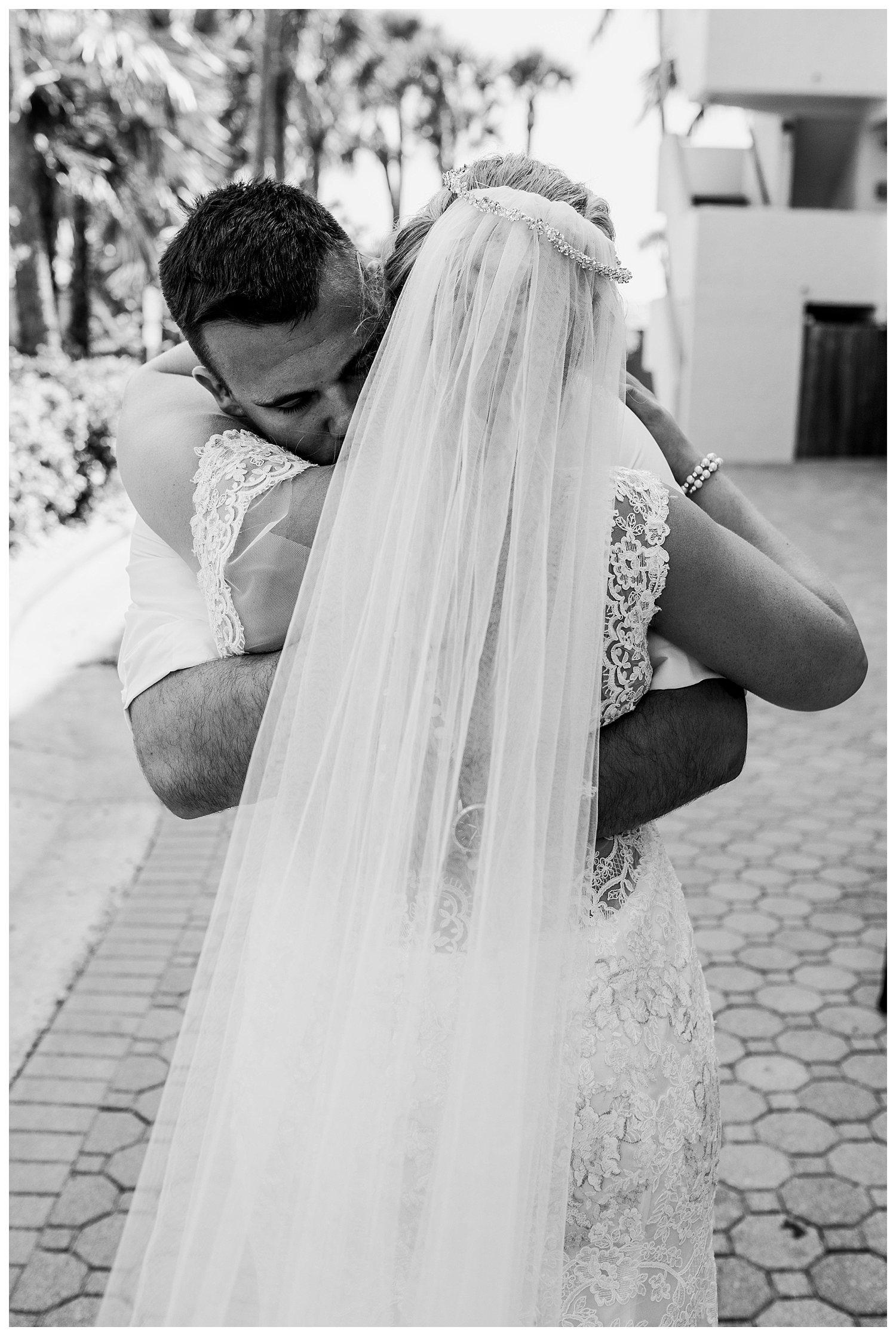 Kelsey_Diane_Photography_Destination_Wedding_Sarasota_Florida_Beach_Wedding_Alex_Austin_0634.jpg