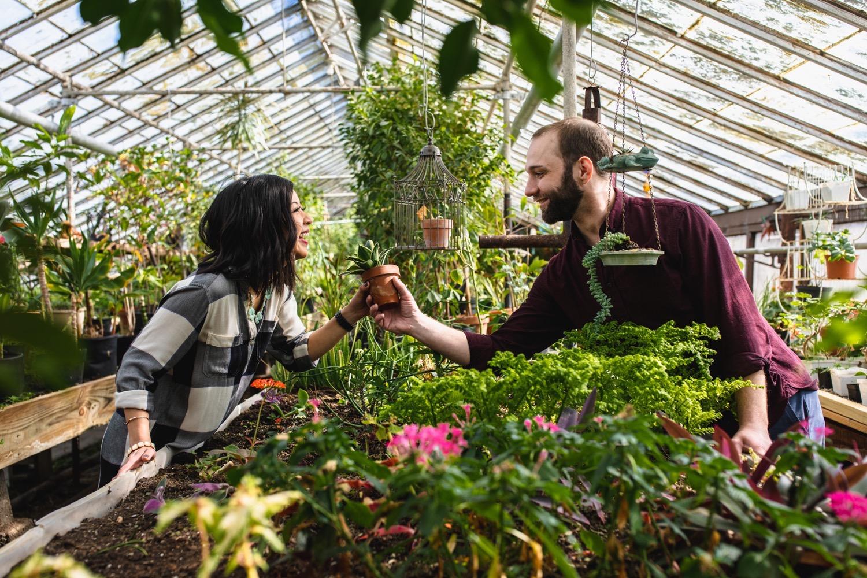 28_388A2149_Atkins_Museum_Engagement_John's_nelson_Kelsey_Kansas_Diane_Photography_greenhouse_City.jpg