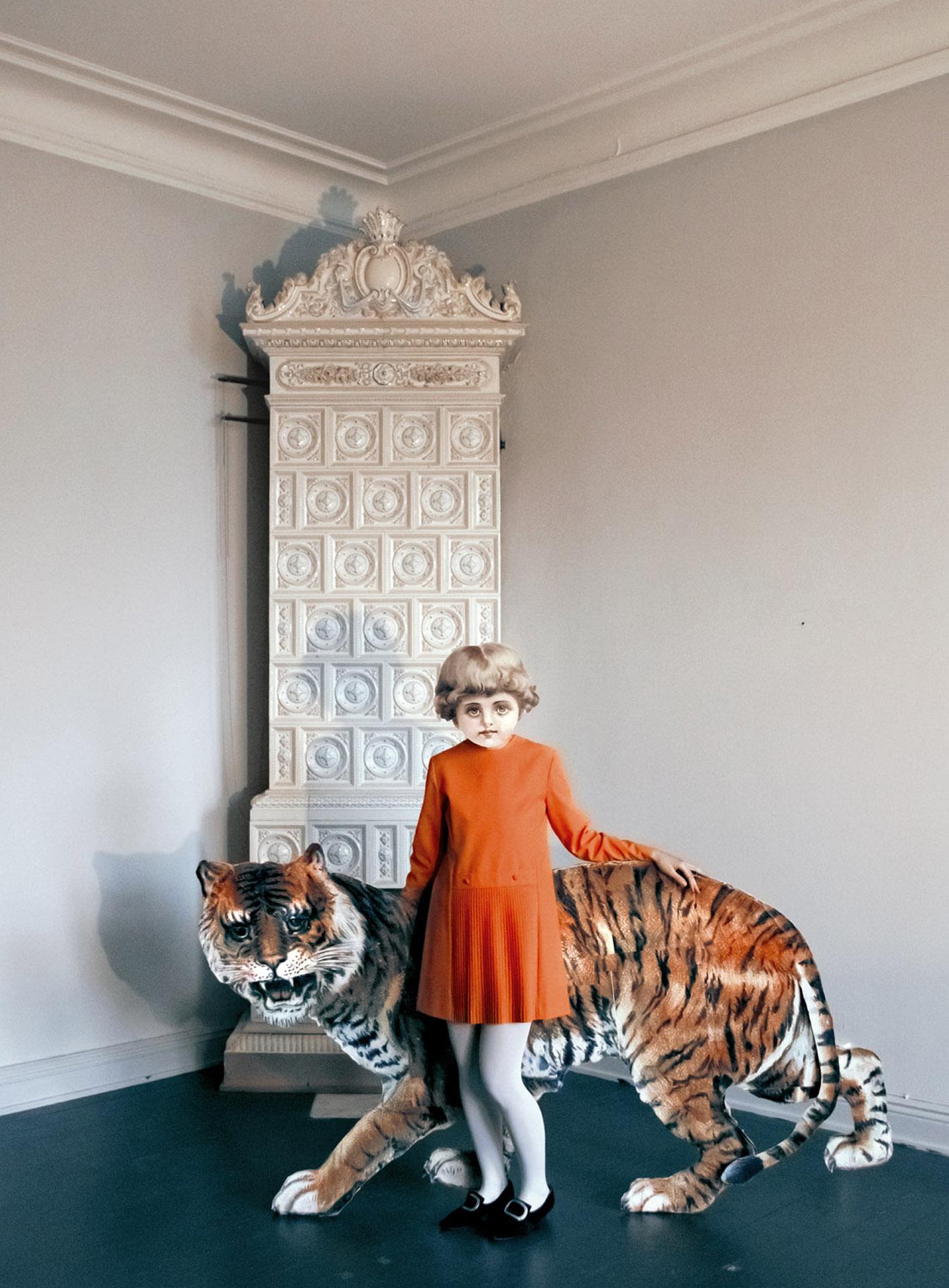 Series: Milavida, Girl and the Tiger, 2012. 75cm x 50cm E.D 5/5 + 2 AP. 39,5cm x 29cm E.D. 2/5.
