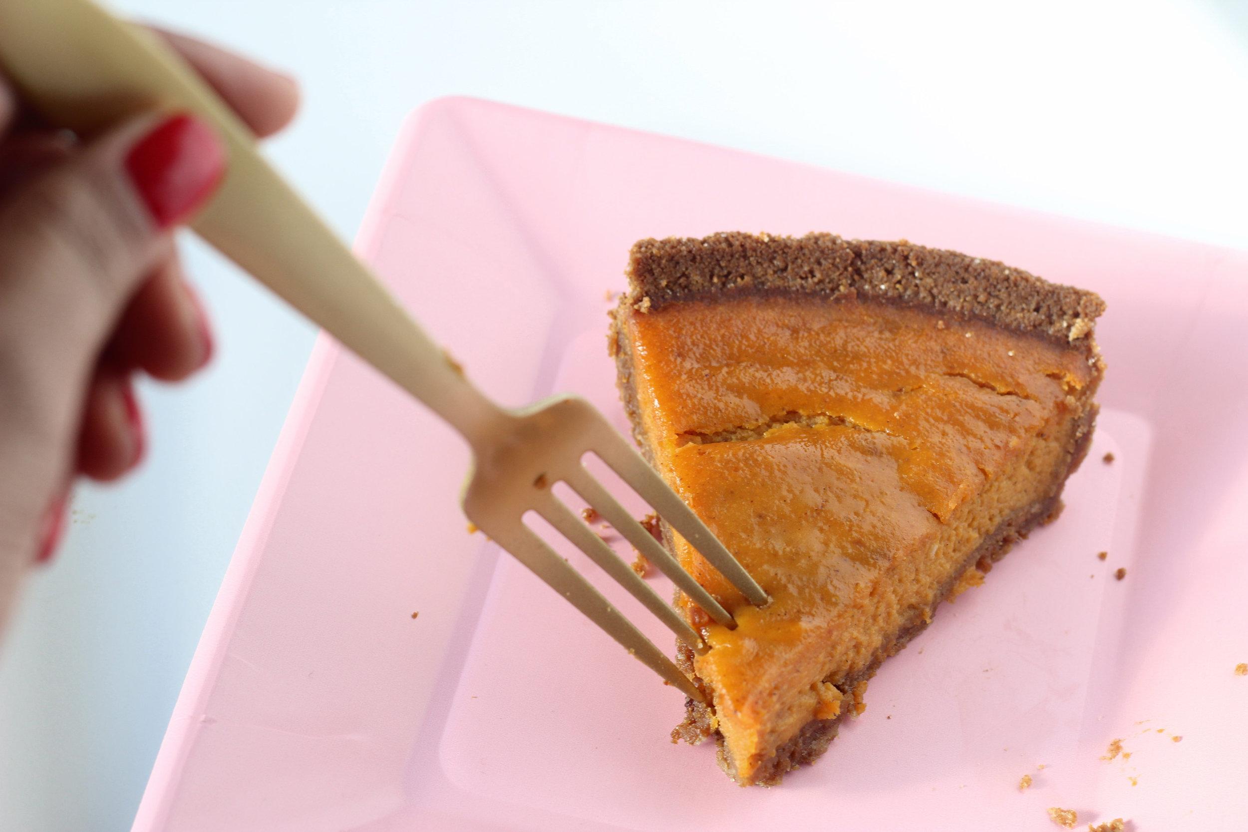 Gluten Free, Dairy Free Easy Pumpkin Pie on Ballad of Bright