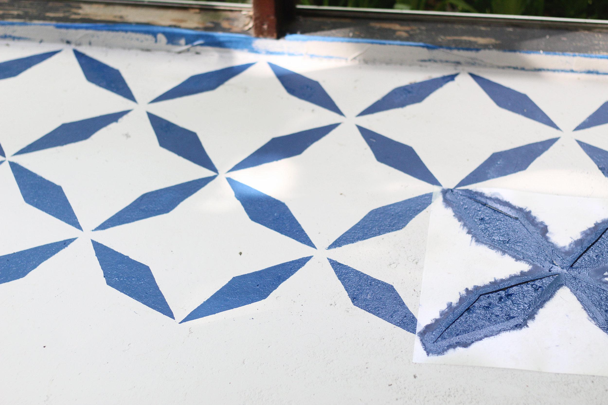 balladofbright-DIY floor stencil-4