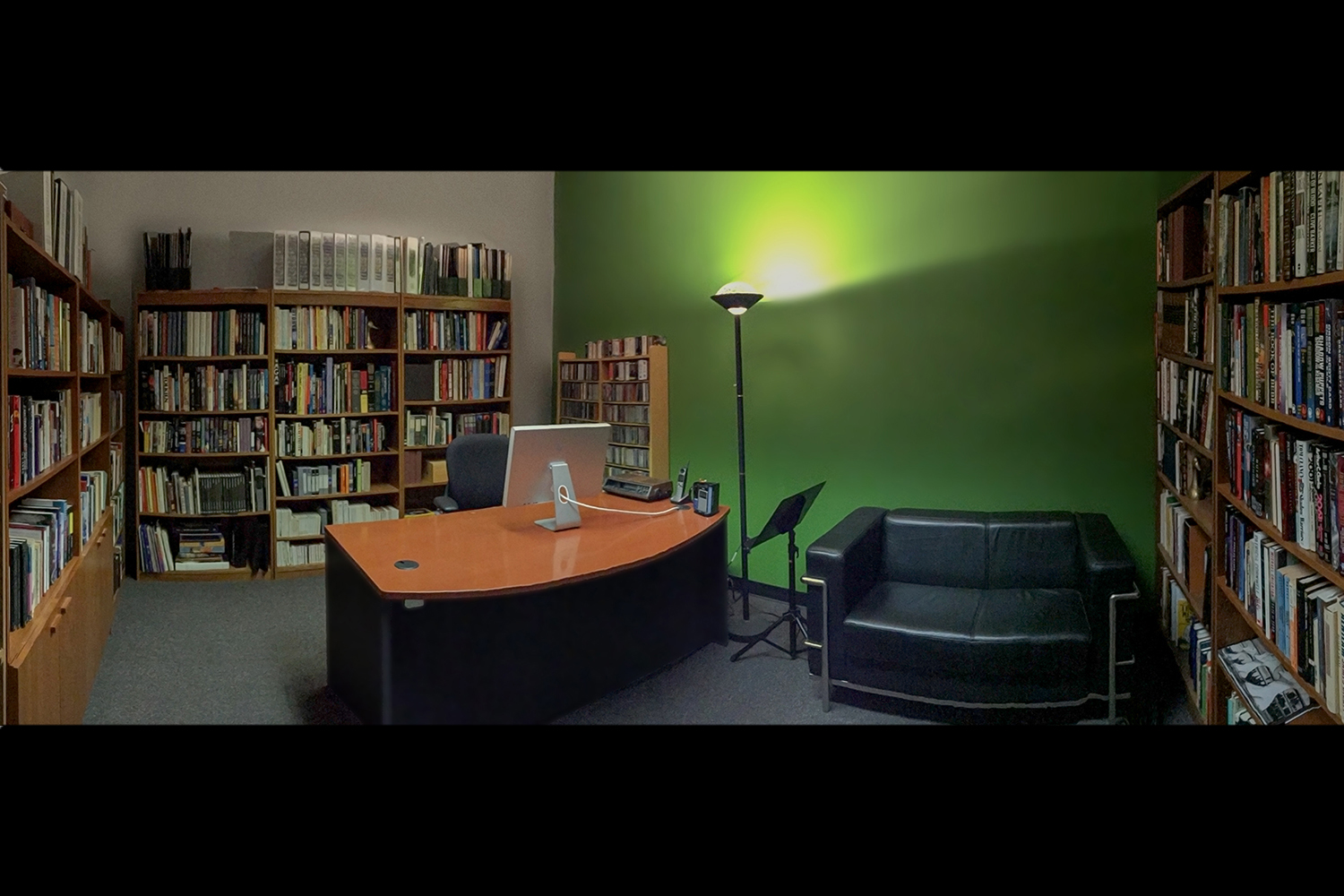 PRIVATE OFFICE/LIBRARY