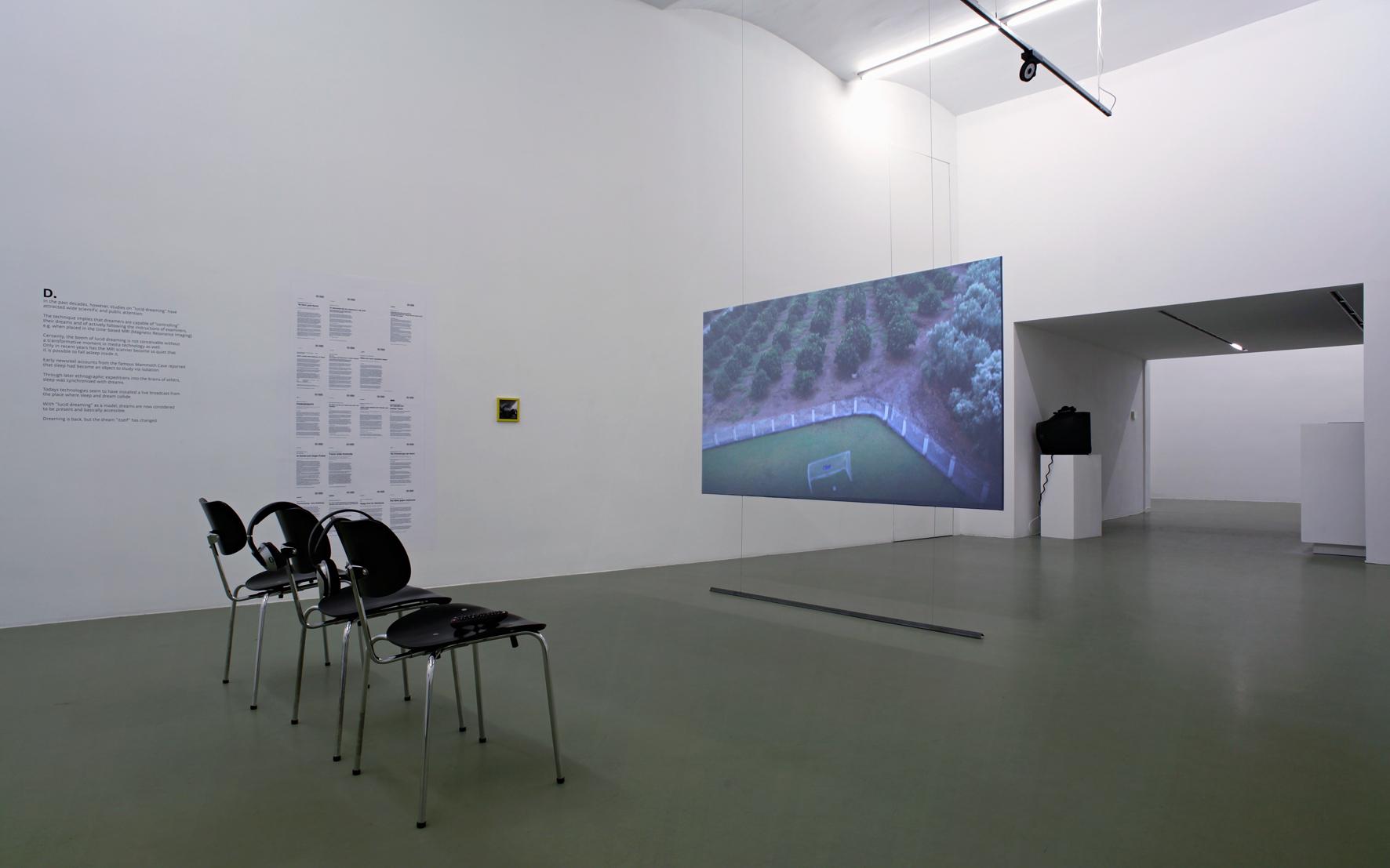 Mina Lunzer - Galerie Mezzanin 2014 #01.jpg