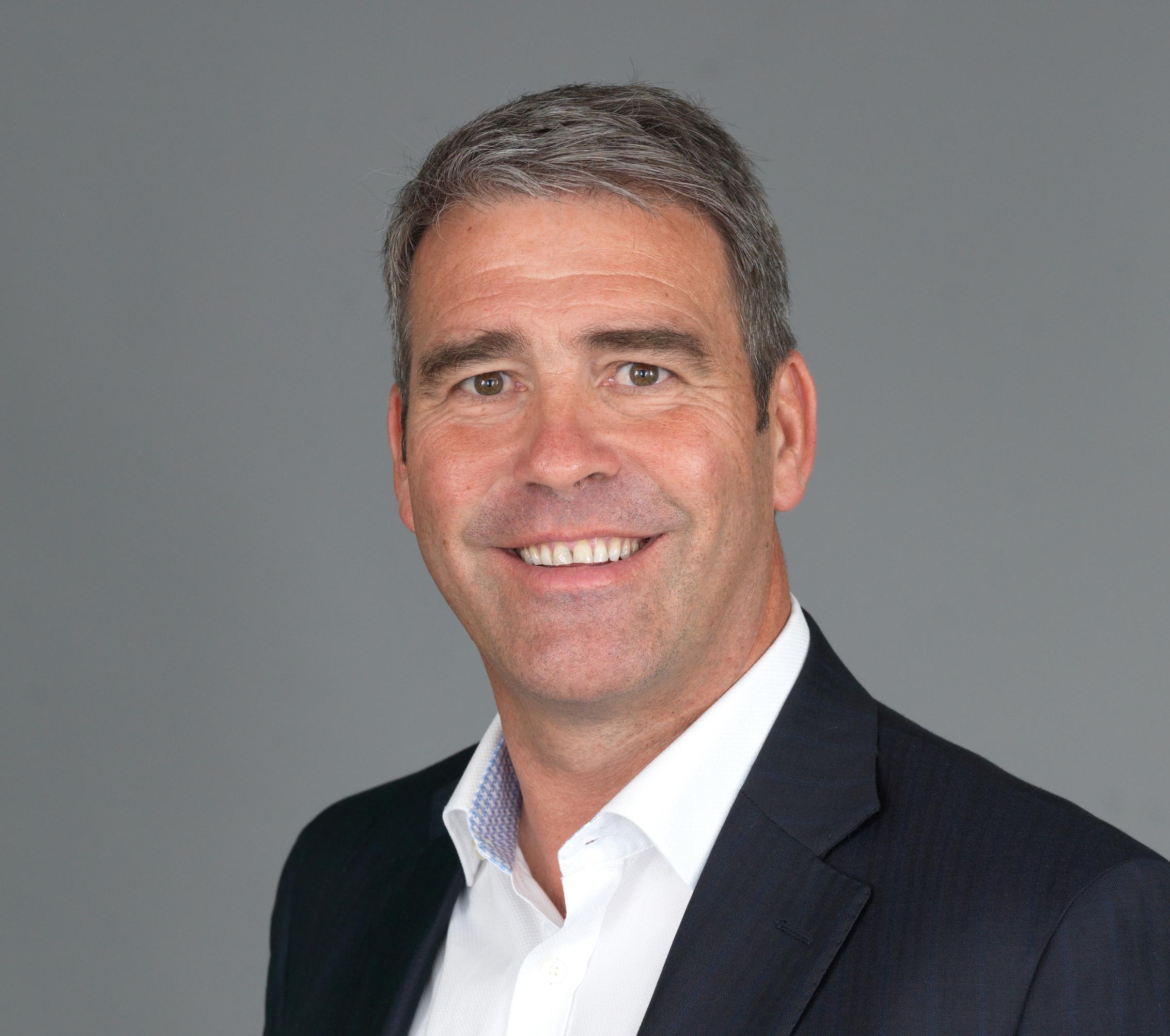 Scott Fraser, Director