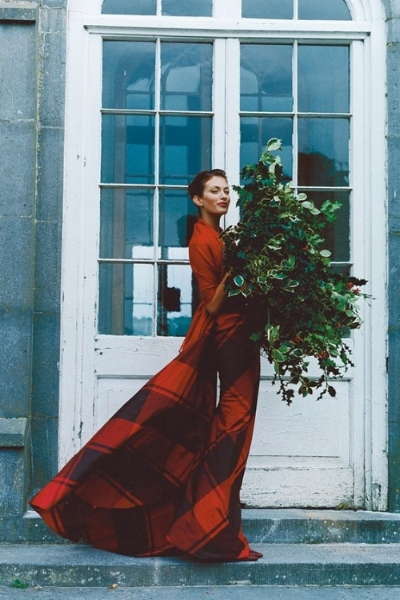 Image from UK Vogue 1997 (Tim Walker)