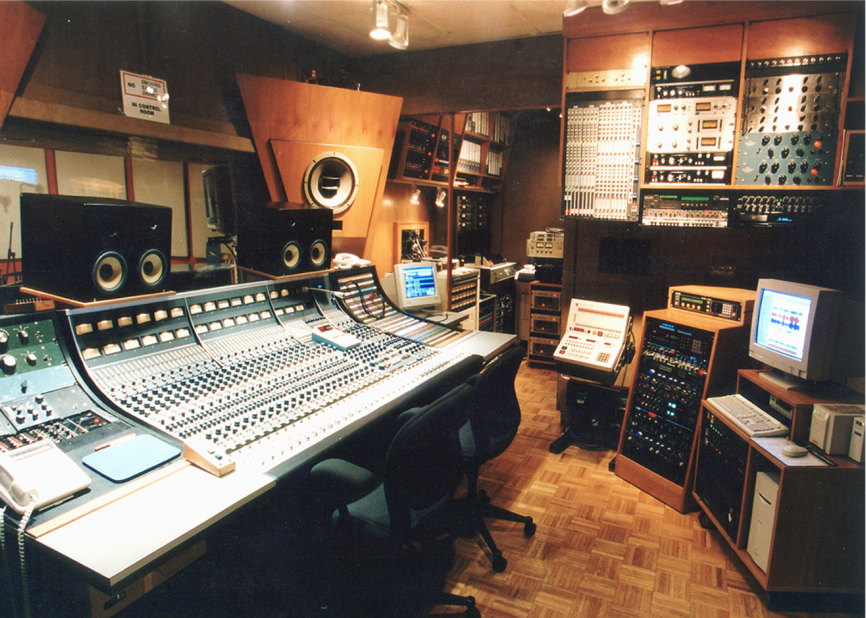 "Acme studio ""A"""
