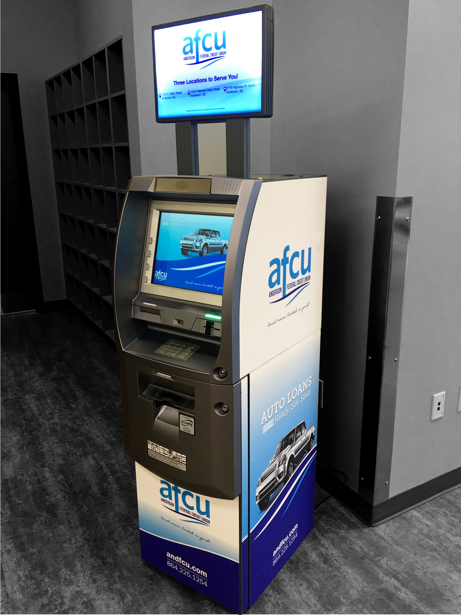 dynamic marketing with on-site ATMs