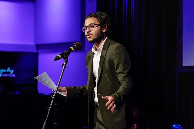 Scenes from last week's World Refugee Day celebrations at WNYC's @greenespacenyc  I had the pleasure of performing poems old and new, and for the very first time, collaborated with the beautifully talented Mirza Ramic of @armsandsleepers by combining poetry and music. Until next time ✌🏼 📸: @janiceyi