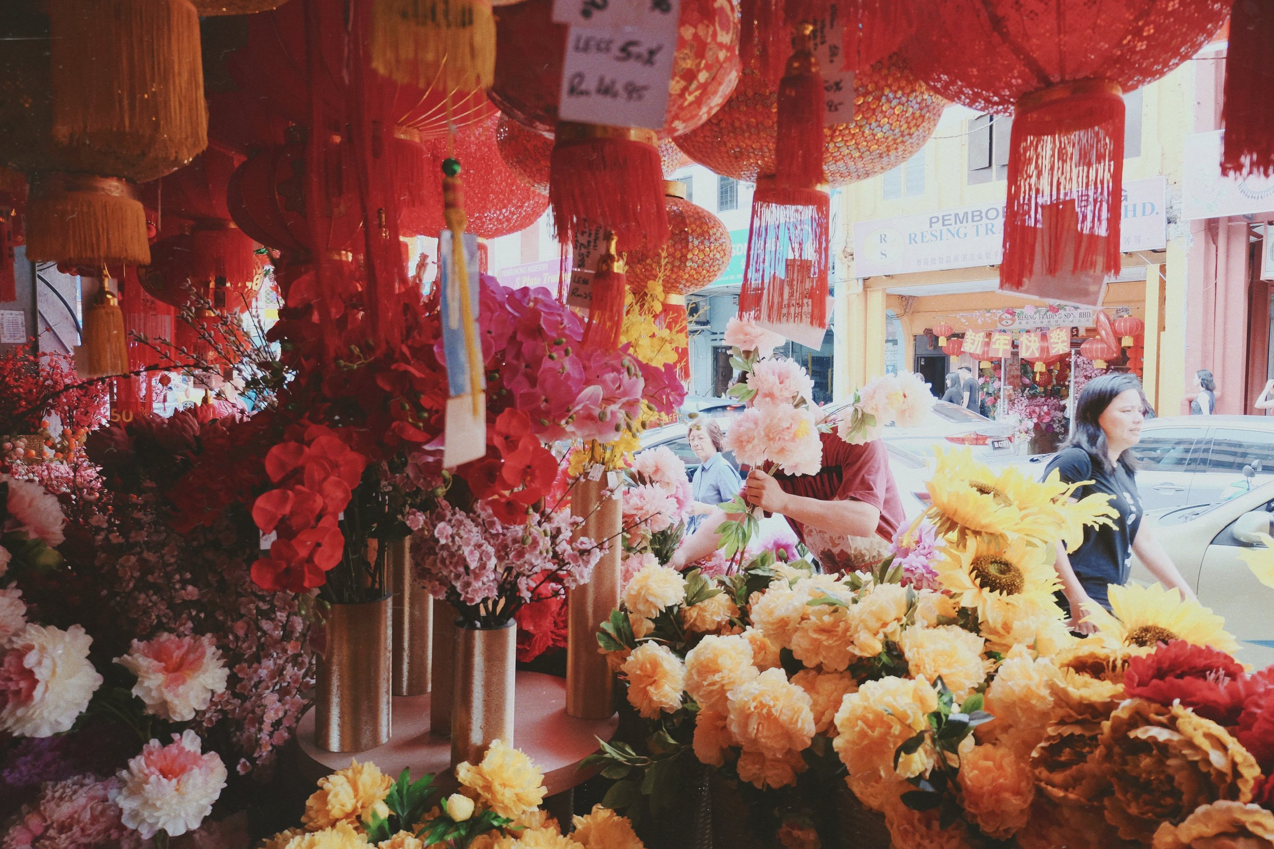 artificial flowers sold at Petaling St. (Chinatown)