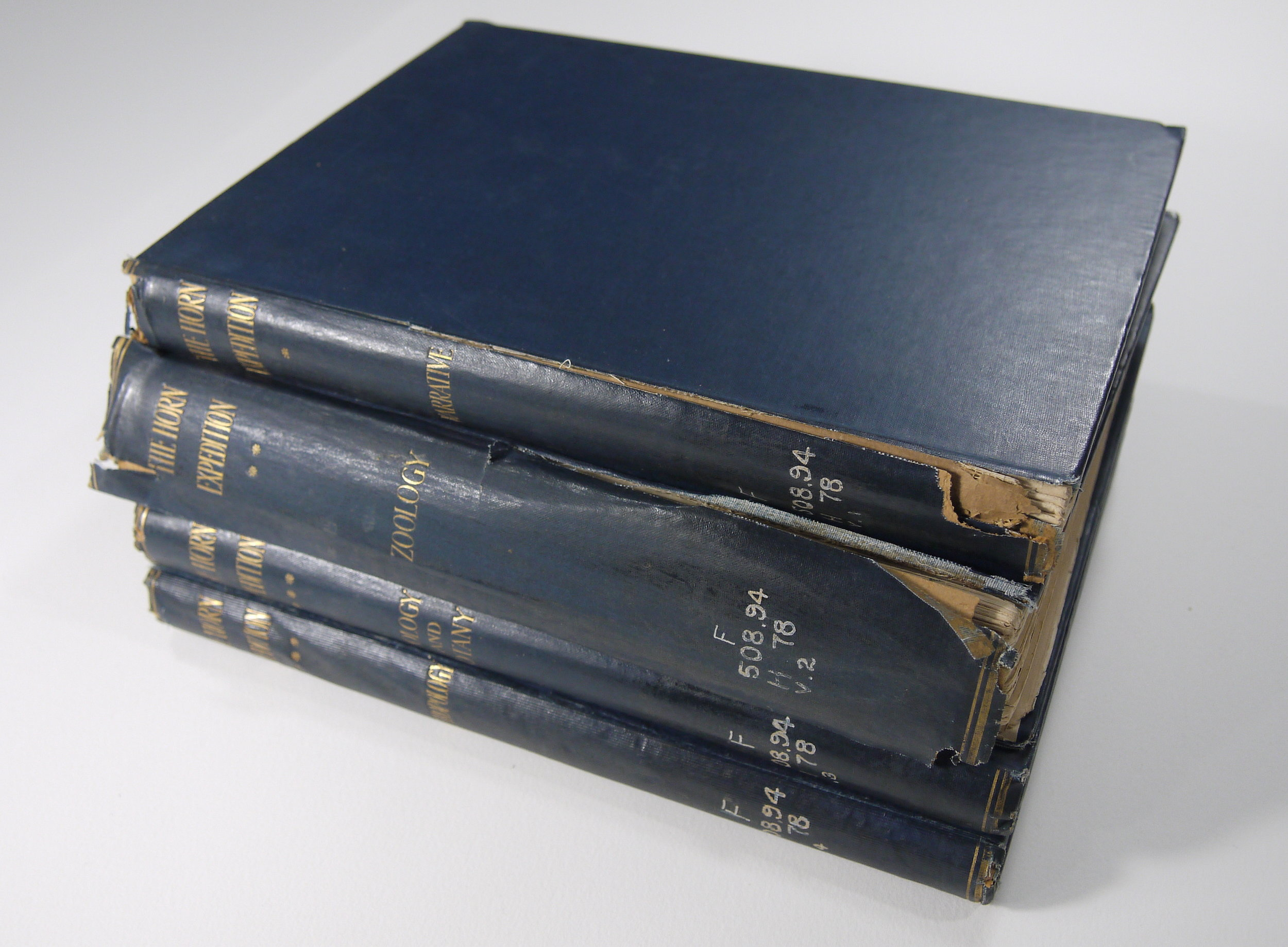 The board joints and endcaps of all 4 volumes were particularly damaged.