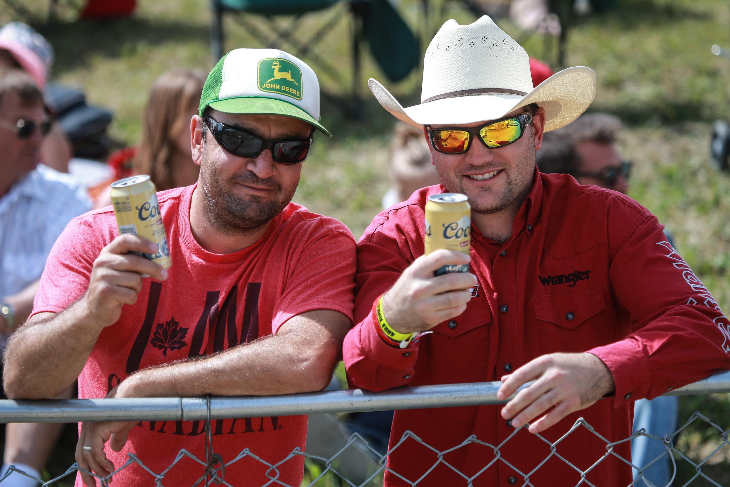 Crowd two beer.jpg