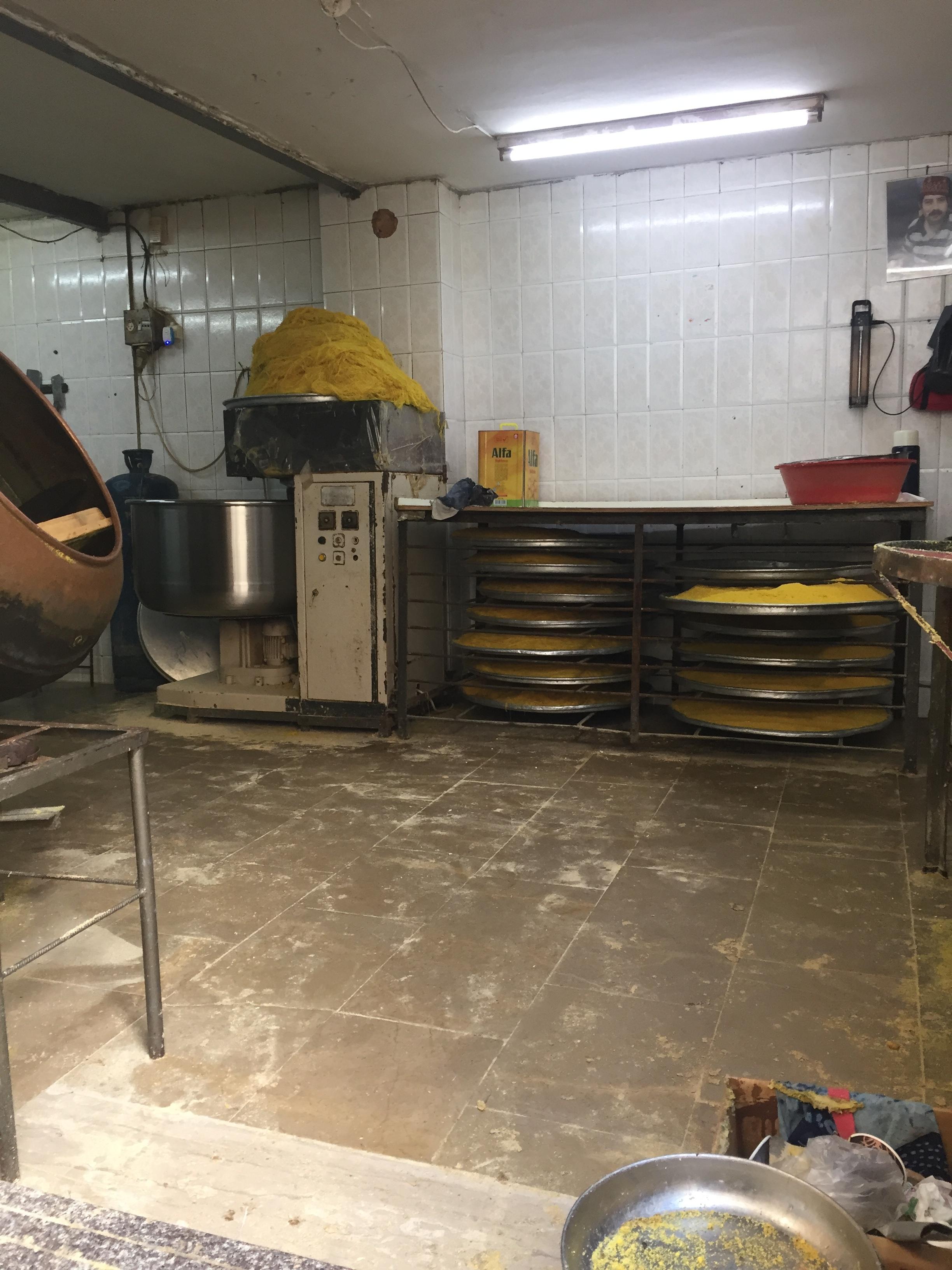 Try Wonder Erasmus Exchange Israel - Nablus in 10 Images 6 - kanafeh shop