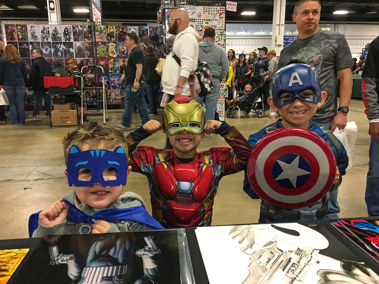 """SOUTH CAROLINA COMICON My personal pic for """"Best Super Group Cosplay""""!!"""