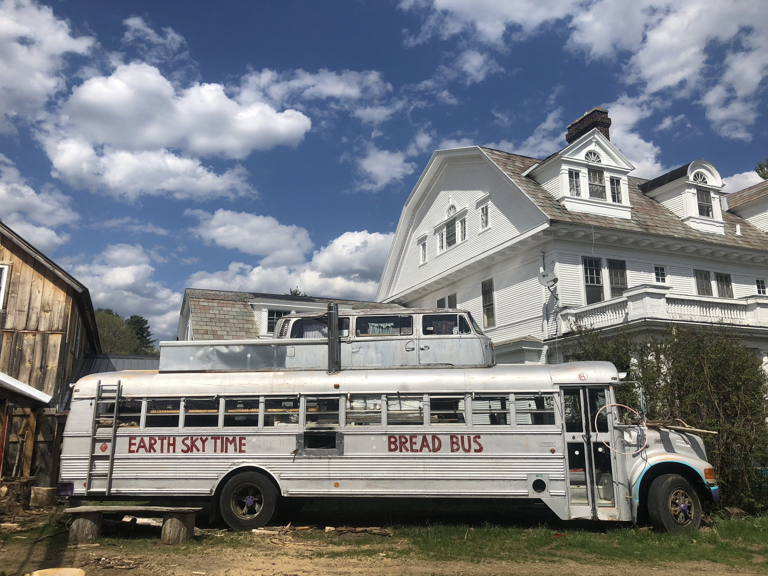bread bus