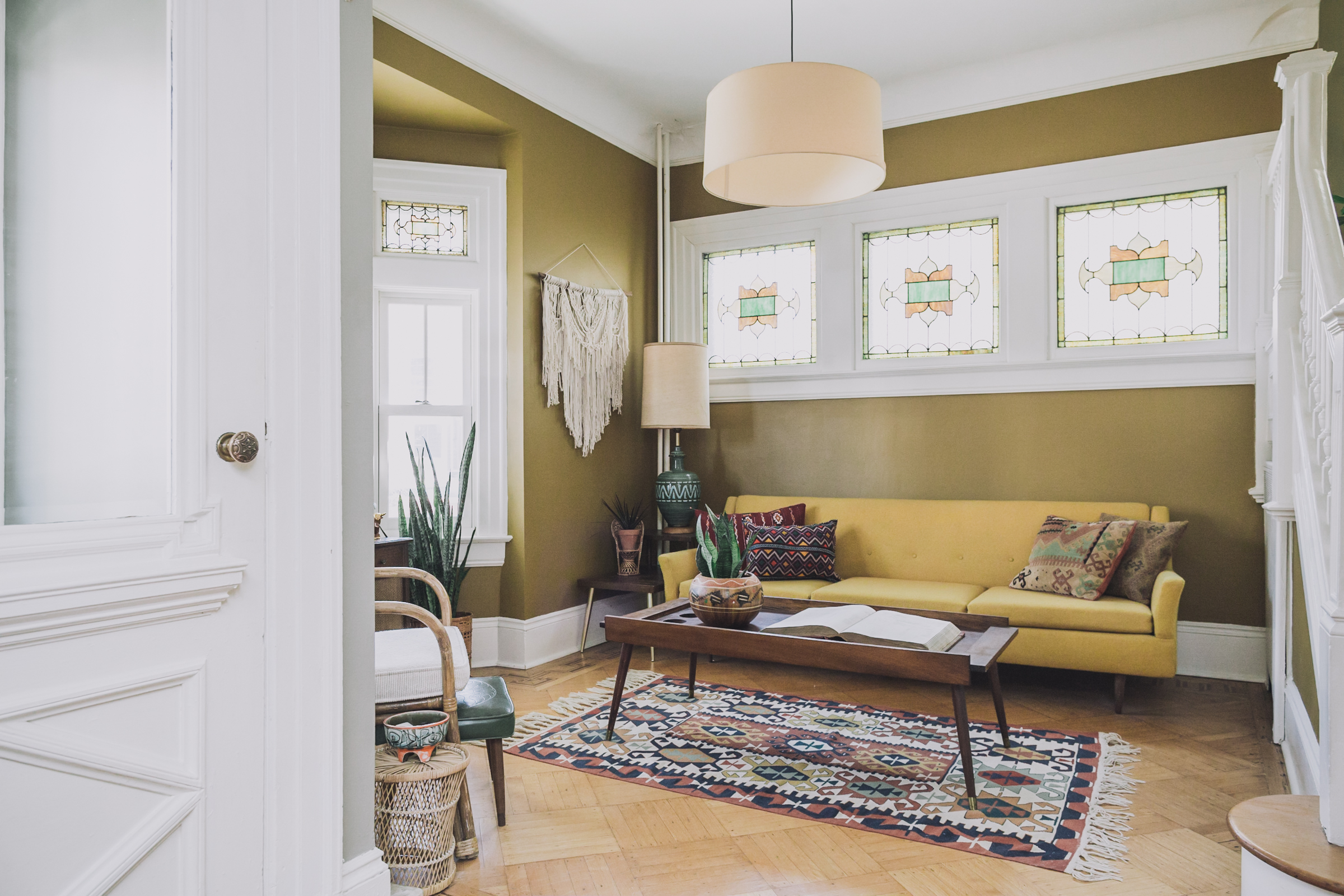 Design*Sponge Feature |  Statement Pieces Breathe New Life into a New Jersey Victorian