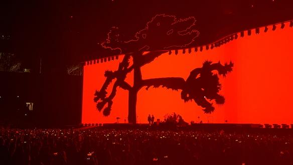 U2 starts The Joshua Tree tour at Pasadena's Rose Bowl Stadium. Photo by Jessica Klausing.