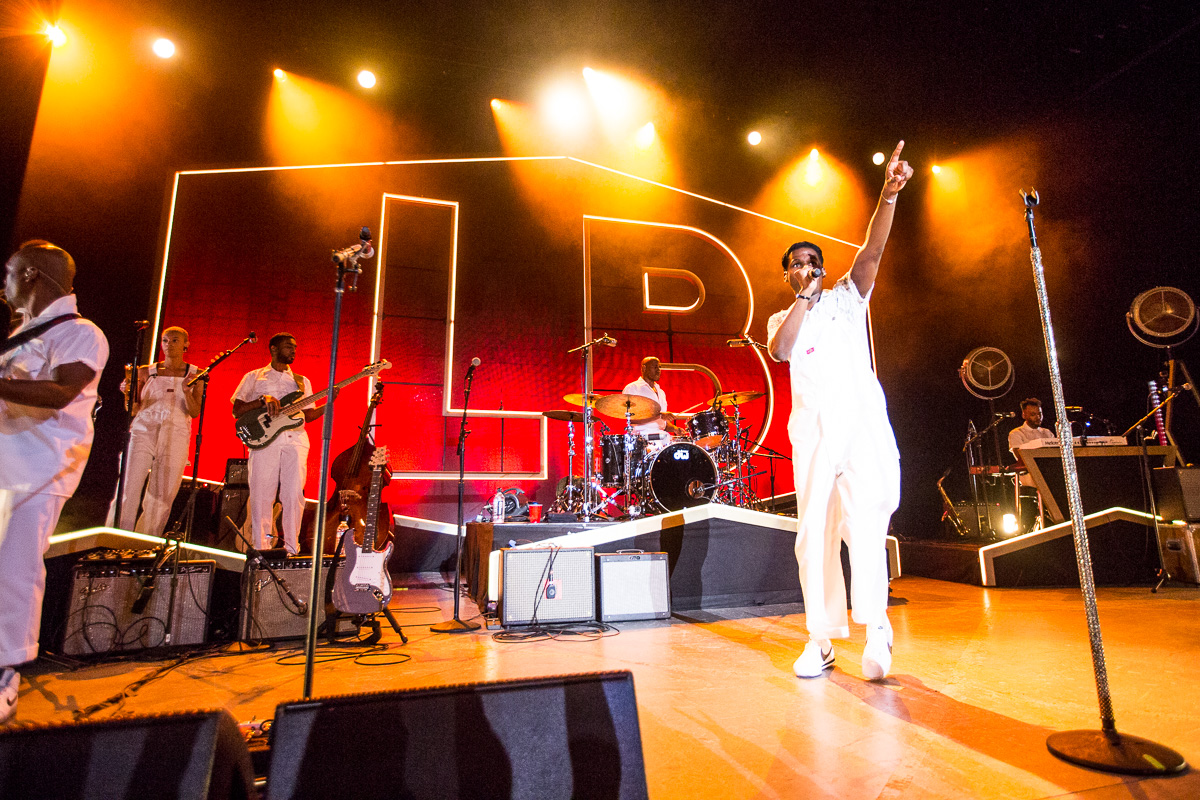 Leon Bridges performs at LA's Greek Theatre. Photo by Jessica Hanley. Credit to  Buzzbands.la