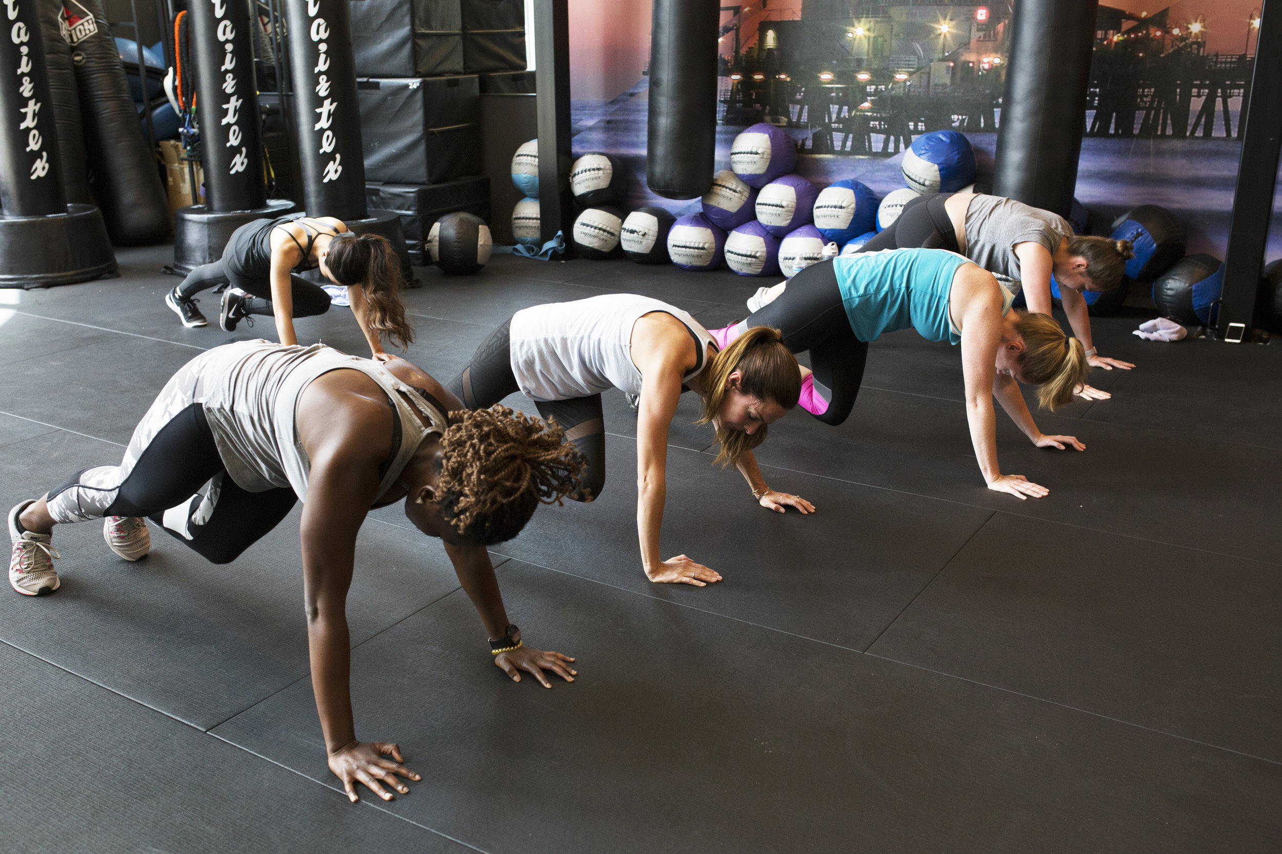 She Connects IRL Basecamp Fitness 25.jpg