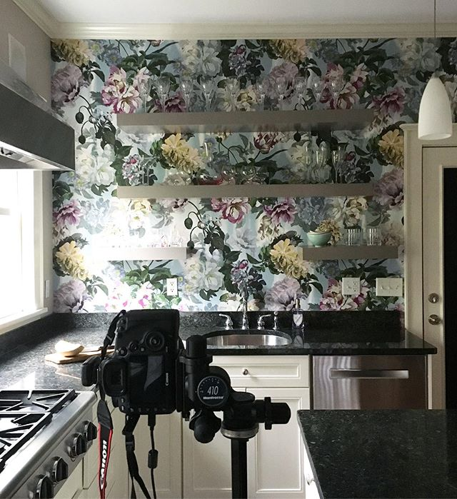A quick little photoshoot with @lilumpls on this rainy morning. Even when it's gloomy, this kitchen is bloomy :) 🌷💐🌺 . . . . #bts #behindthescenes #behindthescenes🎬 #photoshootsay #photoshoot #photoshootfresh #canon5dmarkiii #canonpics #archidaily #interiorphotography #canon #17mm #17mmtse #kitcheninspo #floral #thatwallpapertho #kitchenremodel