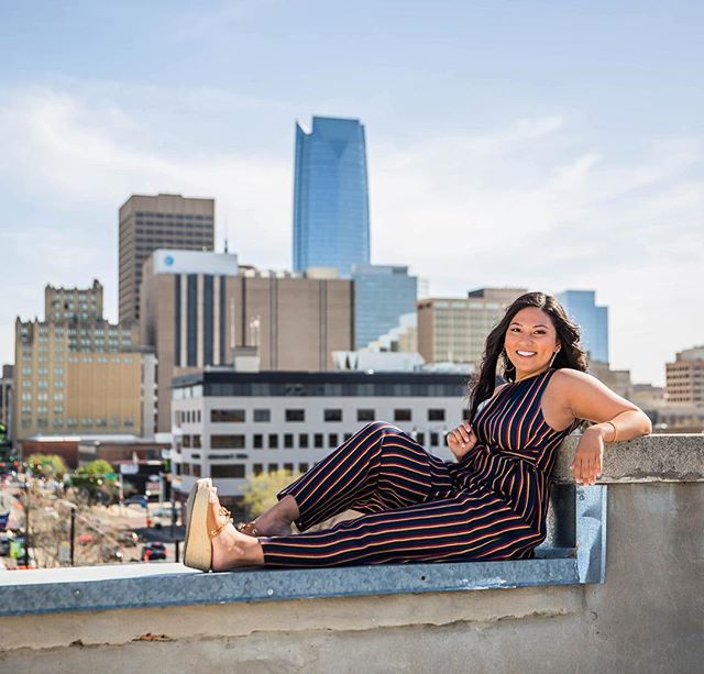 On top of the world! (Or at least OKC!) 🤩🤩 Loved our shoot with this adorable girl! @shivanikim . . . . . . . . #peoplescreatives #f21xme #featuremeofh #ftwotw #ftwotww #ofhumans #featuremyworld #featurepalatte #visualauthority #quietthechaos #featuremebest #exploretocreate #shootandshare #thevisualvogue #senioryearmagazine #thelookseniors #theseniorwave #seniorstylecollection #seniormuse