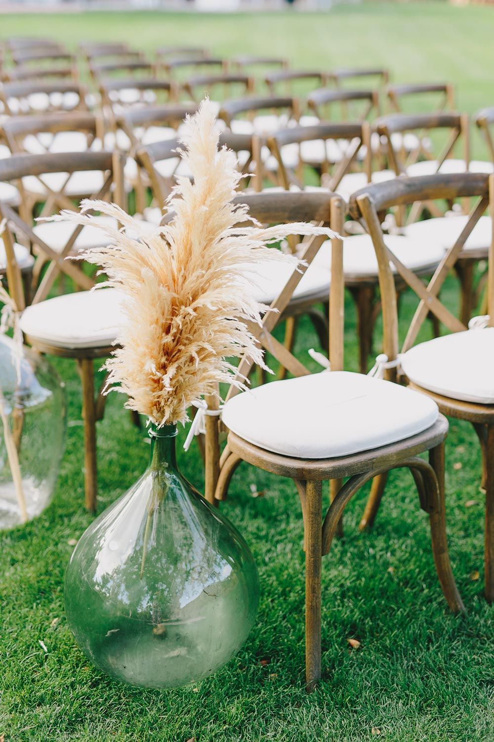 rose-and-pampas-grass-wedding-at-triunfo-creek-vineyard-jake-and-necia-photography-08.jpg