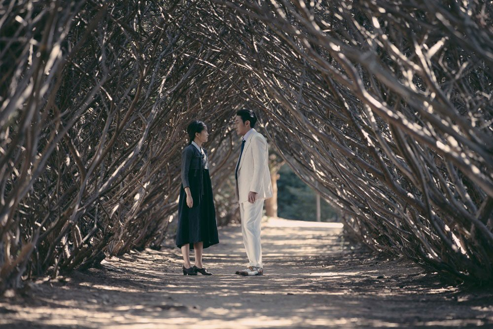 Park Chan-Wook's gorgeous romantic period thriller was shut out of the Oscars technical categories, but we couldn't resist it's cinematography.