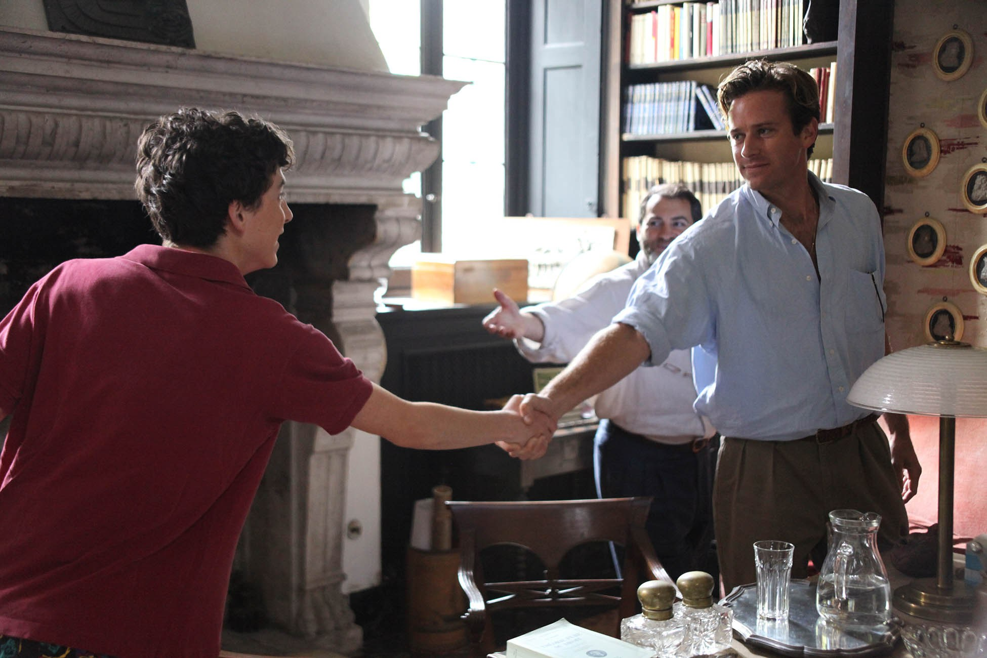 Elio (Timothée Chalamet) and Oliver (Armie Hammer) meet for the first time.